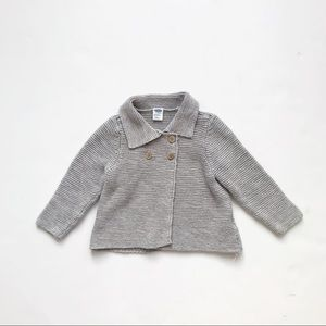 Old Navy Gray knit sweater EUC  12-18 months